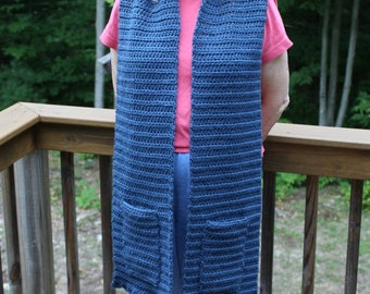 Long Scalloped Edge Scarf With Pockets, Long Crochet Scarf, Crochet Pocket Scarf, Winter Fashion Accessory, Chunky Crochet Scarf