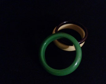 Plastic Bangle Bracelets - set of 3