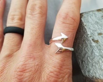 Sterling Silver Arrow Ring, Arrow Midi Ring, Follow Your Arrow, Sterling Silver Ring, Sterling Silver Jewelry, Inspirational Arrow Ring Gift