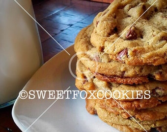 Addictive Classic Chocolate Chip Cookies each box contains 14 approximately 2 inch in diameter. All items come in a beautiful gift box.
