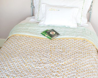 Yellow Duck Single Quilt