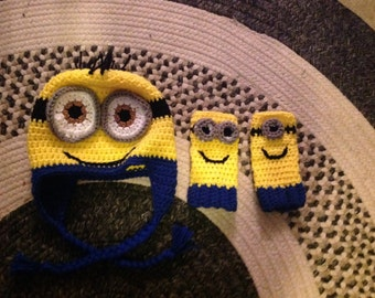 Minion Inspired Hat and Fingerless gloves