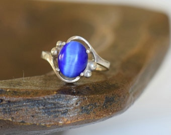 Blue Tiger Eye Stone Vintage Solitaire Silver 925 Ring, US Size 7.5, Used