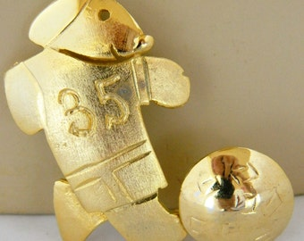 """Vintage 80s Ultra Craft Dog Soccer Brooch Sweater Coat Pin Gold Tone Signed 2"""""""