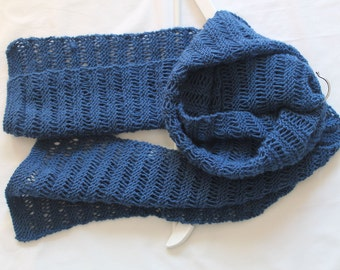 Blue lovely patterned handknit Scarf