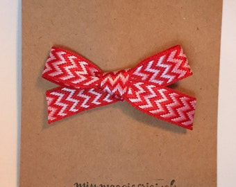 Ribbon Bow Clips    Red ZigZag