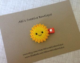 Sun hair clip/ sunshine single felt hair clip/ embroidered felt alligator clip/ summer time/ baby girl toddler