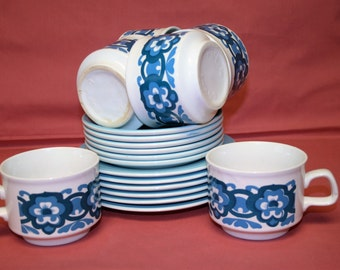 6 x 1960s 1970s Cups And Saucers, With Side Plates