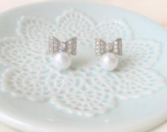 Rhinestone and Pearl Earrings, Bow Earrings with Pearl