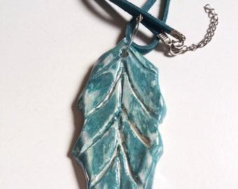 Ceramic-Ceramic leaf necklace leaf pendant