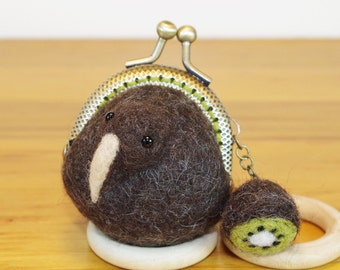 teeny-tiny KIWI coin case