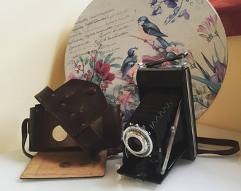 "Vintage Camera 1950s with case  ""Agfa Agnar Pronto"""