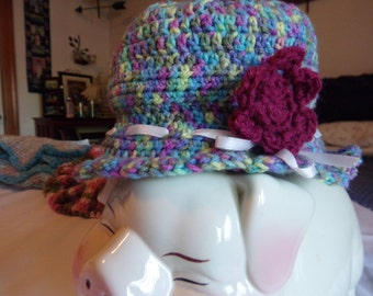 stylish little bucket cap for ladies