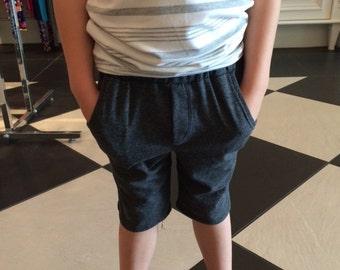 Front Pocket Charcoal Knit Shorts