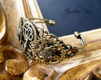 Steampunk Alice in Wonderland bracelet