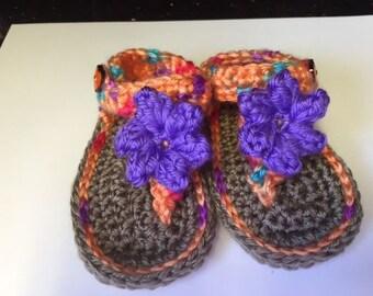 3-6 mos. baby girls flip flop sandals. Peach, corals with purple flower