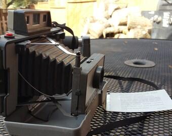 Vintage Polaroid 320 Camera