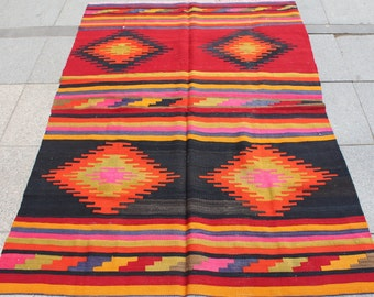 Bright bohemian kilim rug 5x4 ft