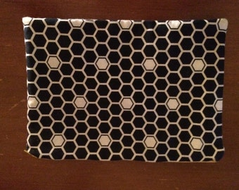 SOLD- Honeycomb accessory pouch