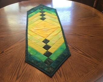 Yellow/Green table runner