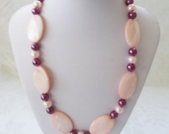 Pink Shell Ovals-Maroon Pearls-Pink Pearls-Shell Necklace-Bead Necklace-Birthday Gift-Summer Jewelry-Fashion Jewelry-Woman's Gift-FREE Gift