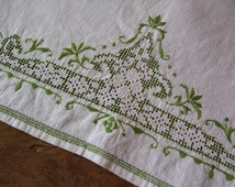 A gorgeous vintage hand embroidered hand towel, 1950s