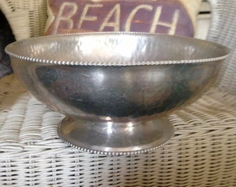 Silverlook  Bowl with Embossed Chrysanthemum #513