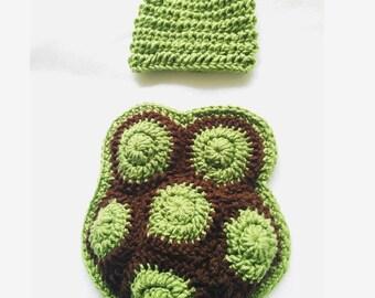 Newborn crochet turtle prop