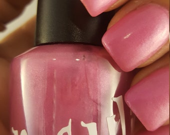 """Unique """"Blissfully Madison"""" Pastel Pink Nail Polish Full Size 15ml Bottle"""