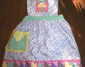 Bits and Peaces adult lined apron
