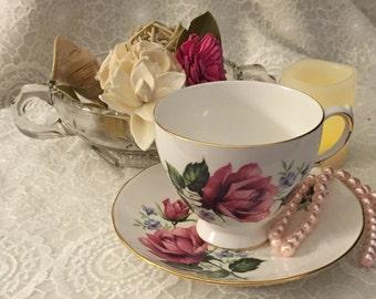 Vintage Royal Vale 1950's Teacup & Saucer