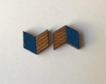 Blue Arrow Gloss Studs