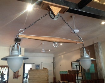 Beautiful Yoke suspended lamp
