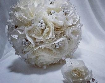 Wedding bouquet/ bride bouquet/ buttonhole/ paper bouquet/ paper flowers/ groom buttonhole/ accessories/ anniversary bouquet/ wedding set