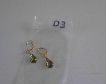 Olive green drop shaped bead earings d3