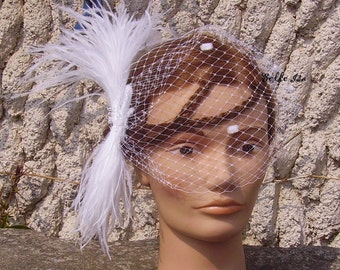 White birdcage veil, with feathers and Swarovski cristal rhinestones