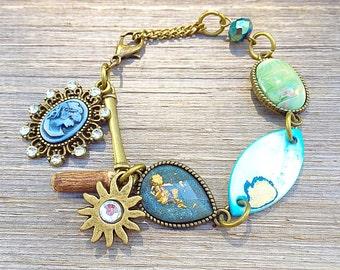 Romantic cameo beaded bracelet