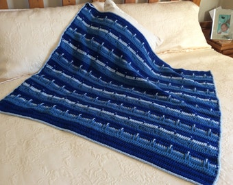 Gorgeous blue tones chunky and warm crochet baby blanket afghan