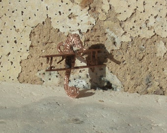 Tidal Seahorse relic pendant 2