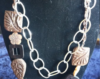 Wooden beads and chain