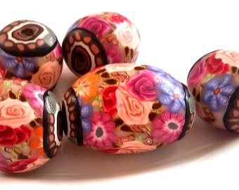 5 polymer clay beads Summerflowers, mix floral Handmade flowers big beads