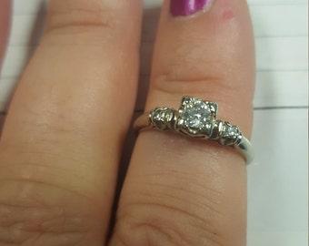 18k white gold art deco engagement ring