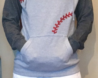 Baseball Seams Hooded raglan Fleece Sweatshirt