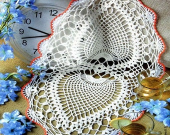READY TO SHIP Crochet doily -  Oval doilies - Home decor - White crochet doilies - Mother's Day - Handmade - Handmade tablecloth