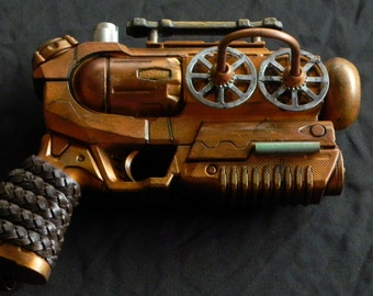 Steampunk Gun - Wheel n' Deal - medium cosplay weapon - artists Don and Janet Beasley