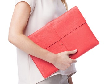 CHALKFACTORY coral leather laptop sleeve