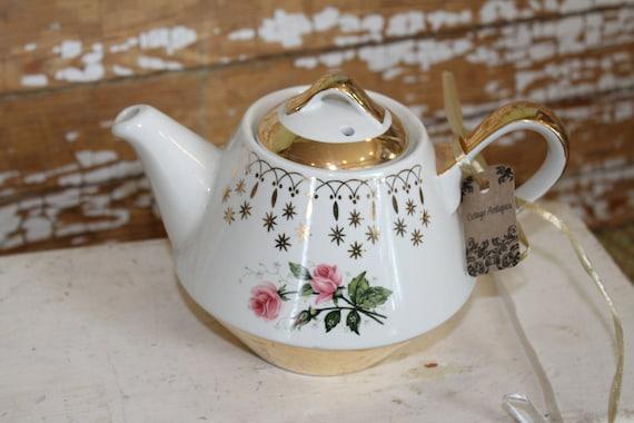Vintage HALL Flare-Ware Gold Floral Tea Pot