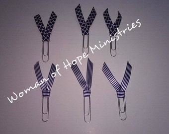 6 Navy and White Ribbon Clips