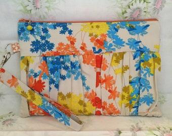 Vintage fabric gathered clutch, wristlet, handbag, evening bag, ecofriendly bag