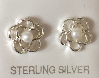 Sterling Silver Daisy with Freshwater Pearl Centre Stud Earrings